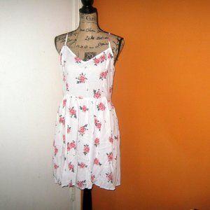 H&M Size 12 Short White Rose Print Dress